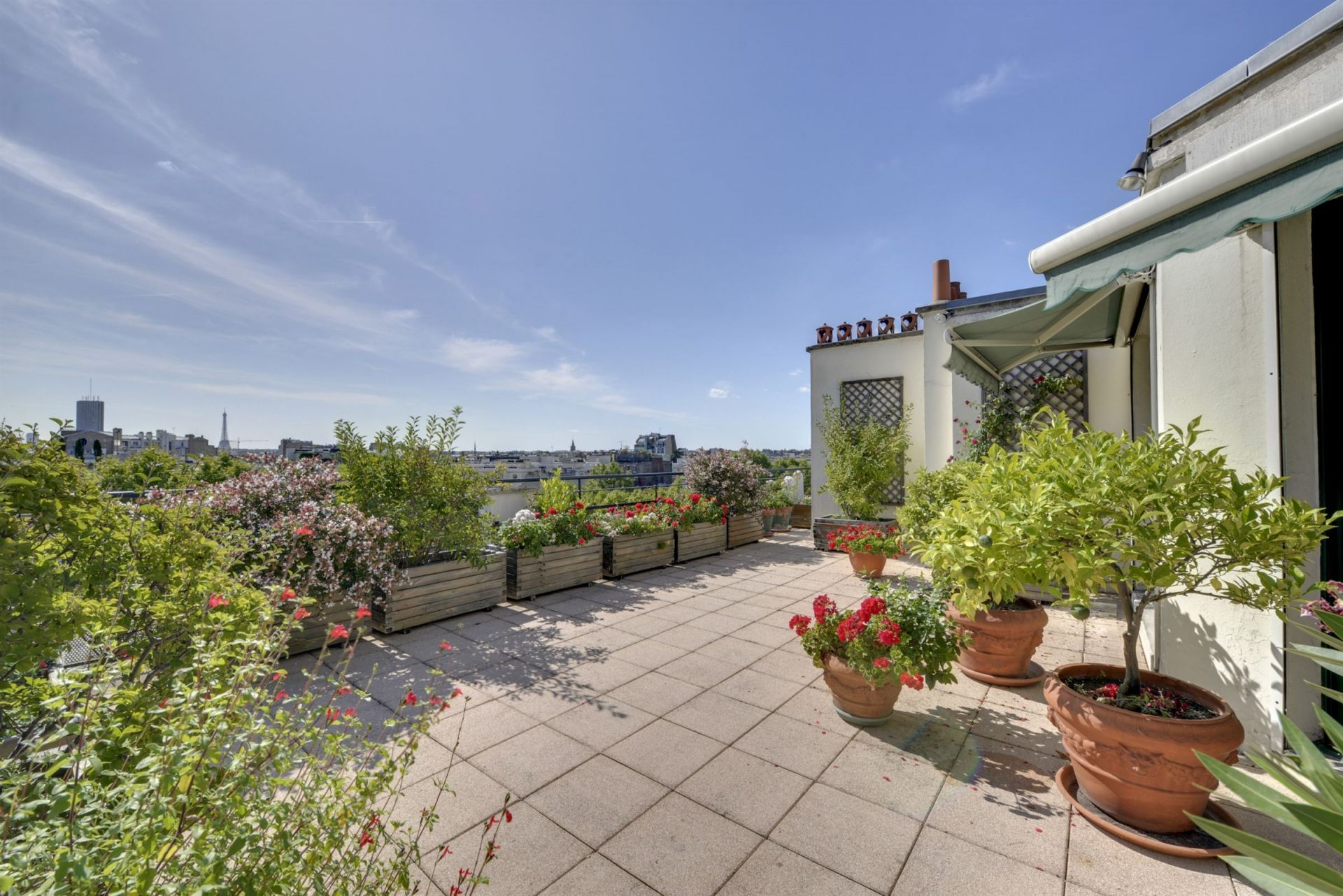 Sale Luxury apartment 8 rooms 4 bedrooms Paris 7 (75007)