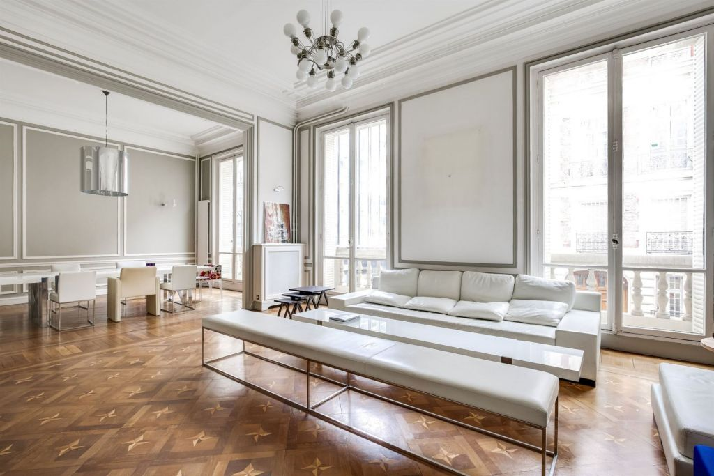 luxury mansion 20 rooms for sale on PARIS (75008)