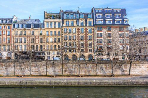 Buying realty in france